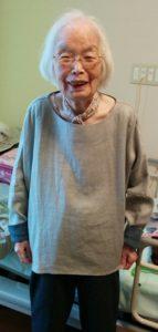 ドルマンブラウス おばあちゃん